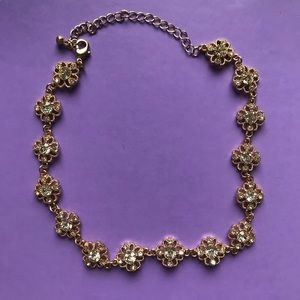 Forever 21 Flower Rhinestone Gold Necklace